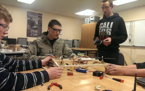 Quadcopters and engineering bring CV students together